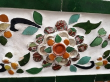 A flower adorning Wat Arun made from broken porcelain